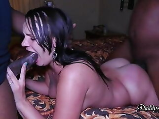Bareback, Cindy almost gave up brunette amateur