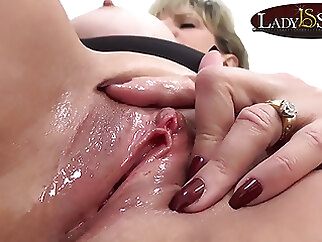 Close up masturbation with naughty mature Lady Sonia fingering blonde